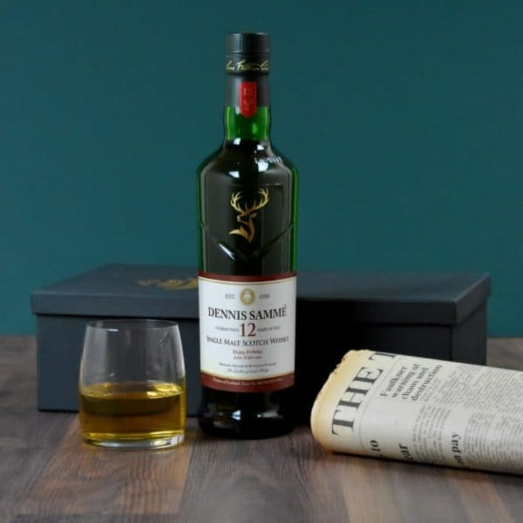 Malt Whisky and Newspaper Giftset