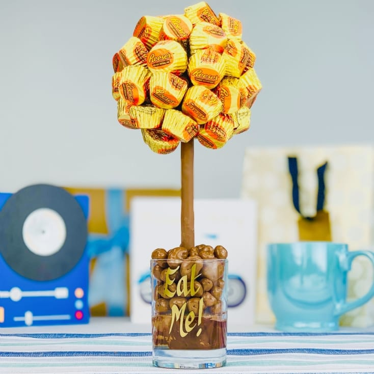 Personalised Reese's Peanut Butter Cup Tree